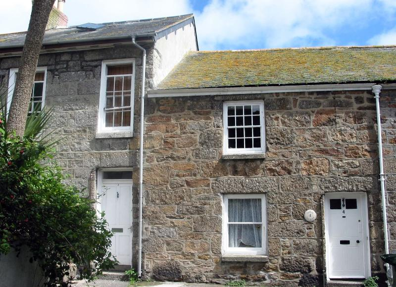 Mural Cottage - Image 1 - Mousehole - rentals