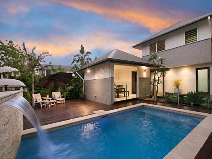 Cottonwood Beach House - Image 1 - Casuarina - rentals