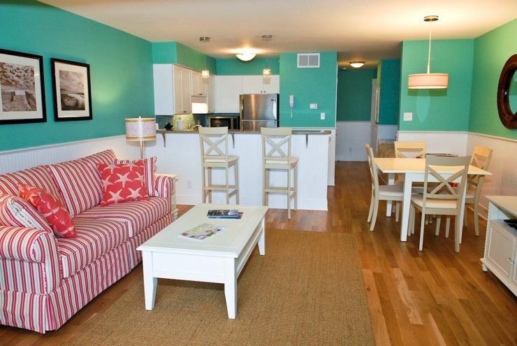 SPACIOUS LIVING AREA - Sea Colony 20B - Gorgeous Oceanfront Condo W/Pool - Carolina Beach - rentals