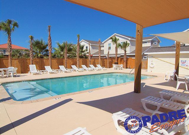Beach Walk pool - 3/2 Townhouse that's Close to the Beach and sleeps 10! - Corpus Christi - rentals