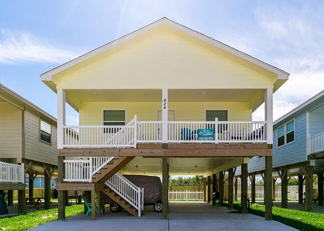 Welcome to Banana Boat - Banana Boat: BRAND NEW, 3bed/2bath, Close to the Beach, Golf Cart - Port Aransas - rentals