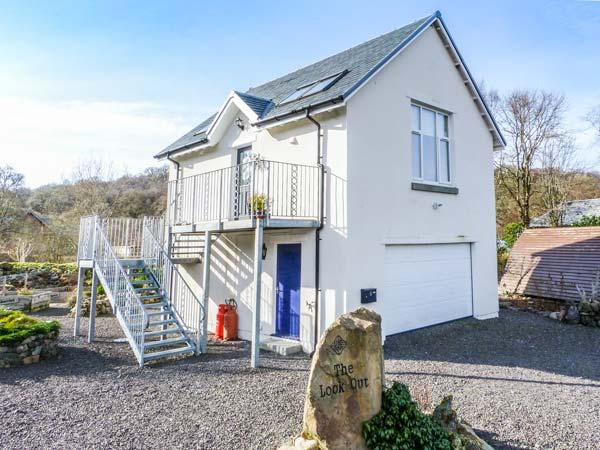 THE LOOK OUT, romantic, country holiday cottage, with a garden in Taynuilt, Ref 3770 - Image 1 - Taynuilt - rentals