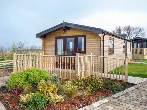 HAWTHORNE LODGE, detached, all ground floor, WiFi, pet-friendly, Danby, Ref 920687 - Image 1 - Danby - rentals