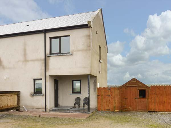 STUDIO APARTMENT, ideal base for a couple or individual, WiFi, garden, near Coachford and Cork, Ref 933661 - Image 1 - Cork - rentals