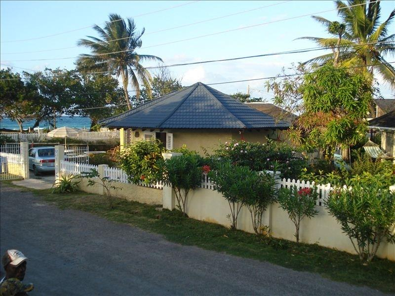 Beach Front Villa - Image 1 - Duncans - rentals
