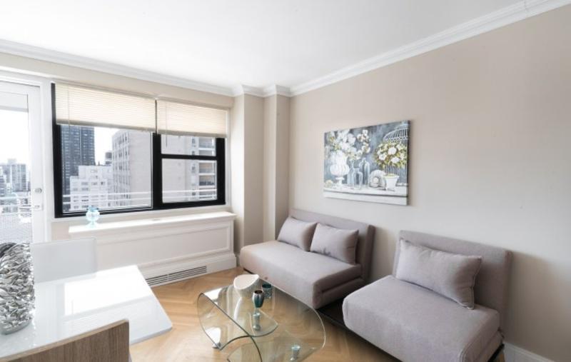 WONDERFULLY FURNISHED 2 BEDROOM, 2 BATHROOM APARTMENT - Image 1 - Manhattan - rentals