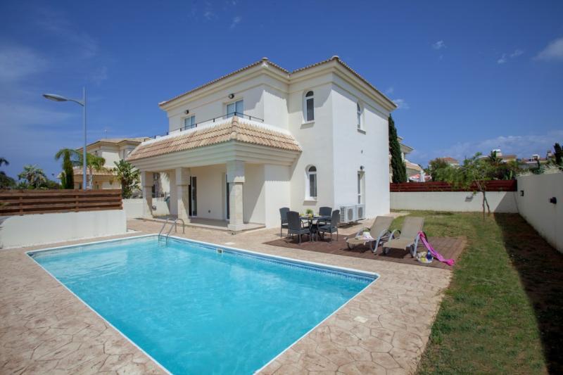 PRBW8H Villa Blue Water 8H - Image 1 - Protaras - rentals