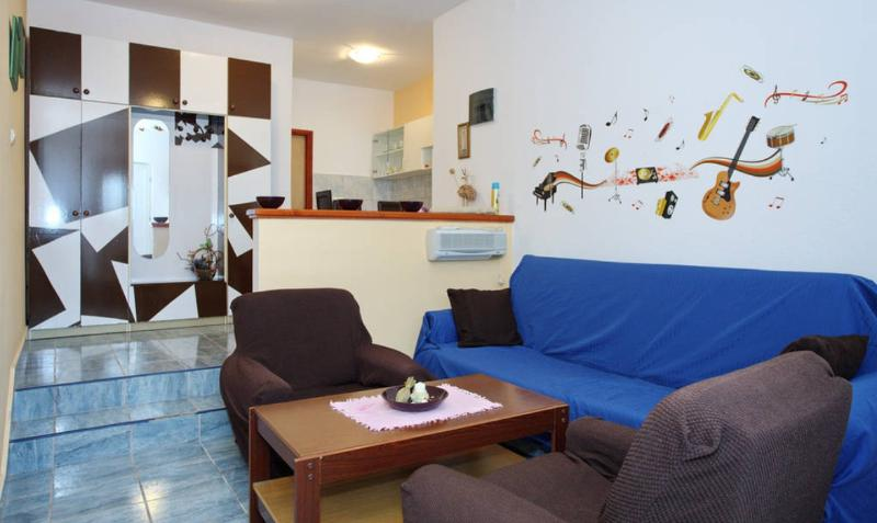 Studio apartment near the main bus station Zadar - Image 1 - Zadar - rentals