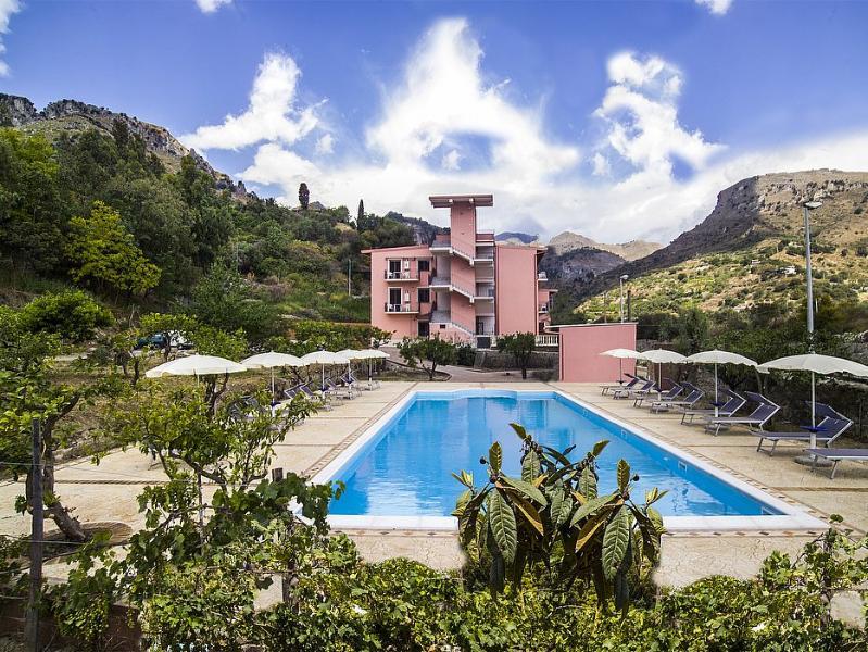 Villa Sidia E - Image 1 - Letojanni - rentals