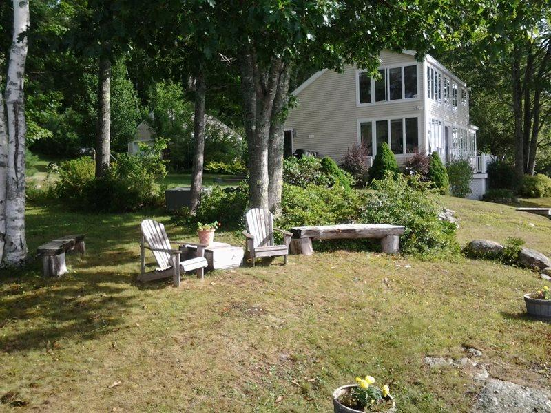 BELLA VISTA | WESTPORT ISLAND MAINE | SALT WATER RIVER | PRIVATE DOCK & FLOAT | INCREDIBLE VIEWS - Image 1 - Boothbay - rentals