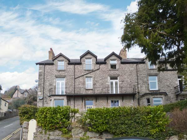 THE ROWANS, wing of a Victorian house, pet-friendly, off road parking, in Grange-over-Sands, Ref 23030 - Image 1 - Grange-over-Sands - rentals