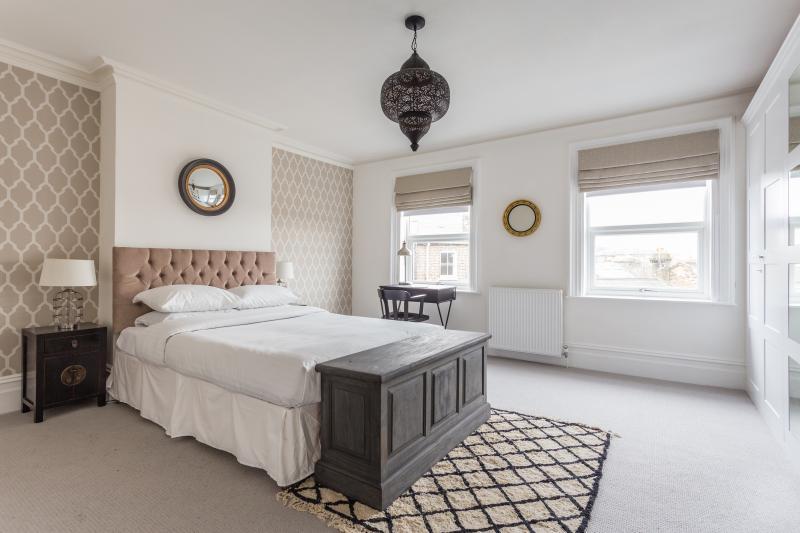 One Fine Stay - Salisbury Pavement apartment - Image 1 - London - rentals