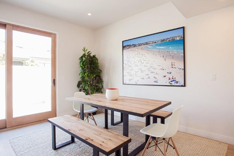 LUXURIOUS FURNISHED 3 BEDROOM 2.5 BATHROOM CONDOMINIUM - Image 1 - Santa Monica - rentals