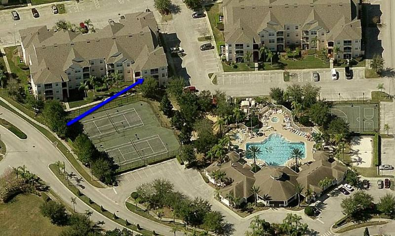 Steps to Disney, Amazing Condo, Gated, Free Wifi - Image 1 - Four Corners - rentals