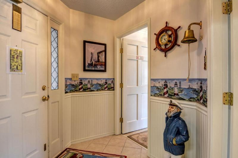 Foyer - Villa Capriani 211-B - Sneads Ferry - rentals