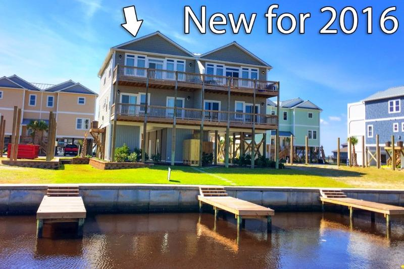 Deep Water Canal - 962B Towner Court | New Construction, Elevator, Deep Water Canal, Pool - Topsail Beach - rentals