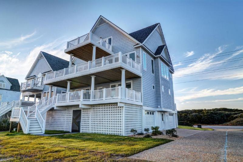 4180 Island Dr - Island Drive 4180 | New Construction 2016 | Direct Oceanfront | Community Pool | Hot Tub | Elevator - North Topsail Beach - rentals