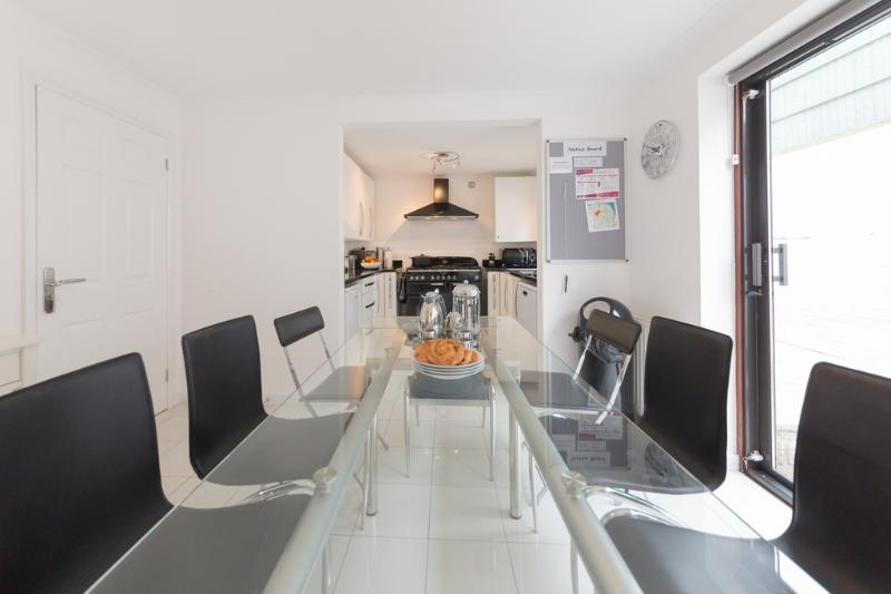 3 The J House located in Cowes, Isle Of Wight - Image 1 - Cowes - rentals