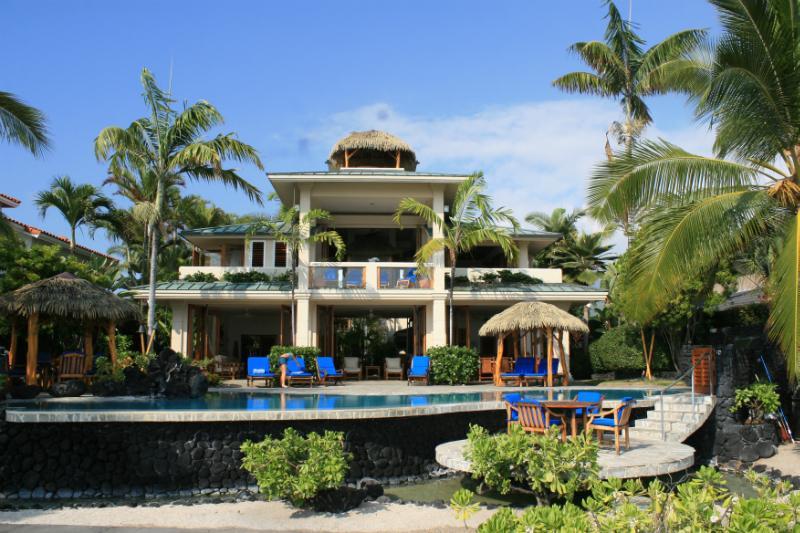 Hale Kona A'ekai - Kona Bay Hawaii Beachfront Tropical Paradise Stunn - Kailua-Kona - rentals