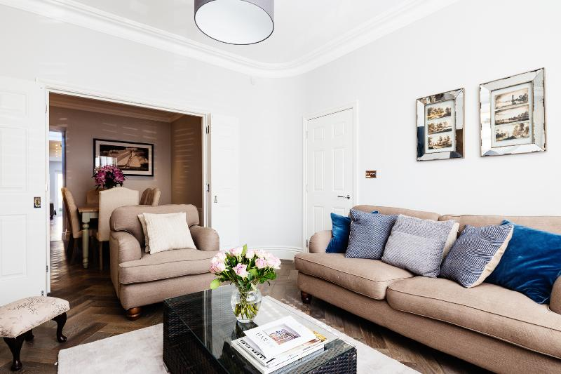 A stunning and chic family home in Balham - Image 1 - London - rentals