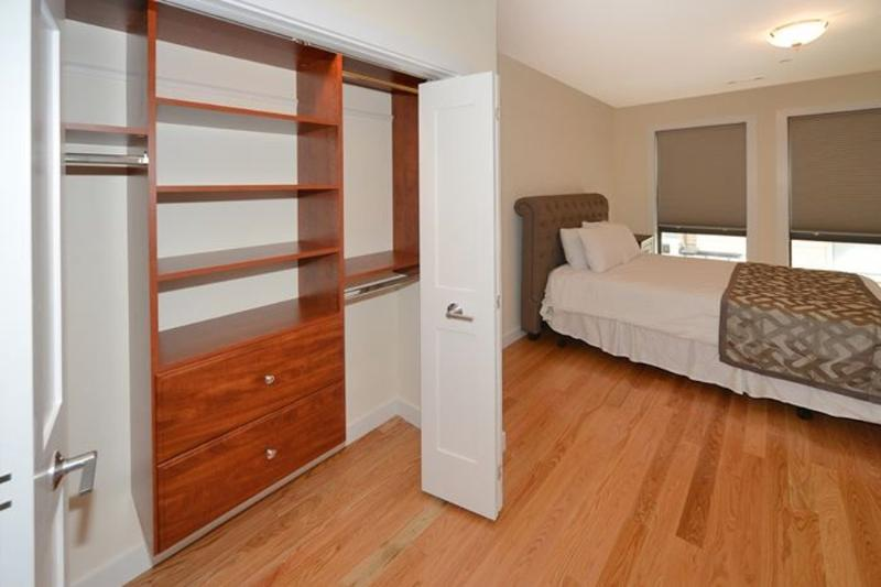 Outstanding 1 Bedroom, 1 Bathroom Apartment in Boston - Comfy Bed - Image 1 - Boston - rentals