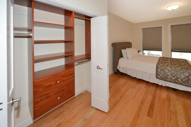 Modern Living -  1 Bedroom, 1 Bathroom Apartment in Boston - Image 1 - Boston - rentals