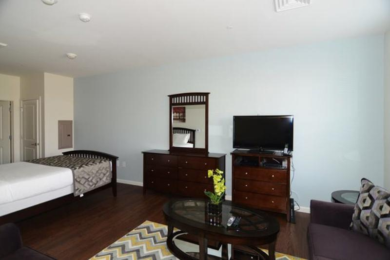 Building With Fitness Center - Nice 1 Bedroom, 1 Bathroom Boston Apartment - Image 1 - Boston - rentals