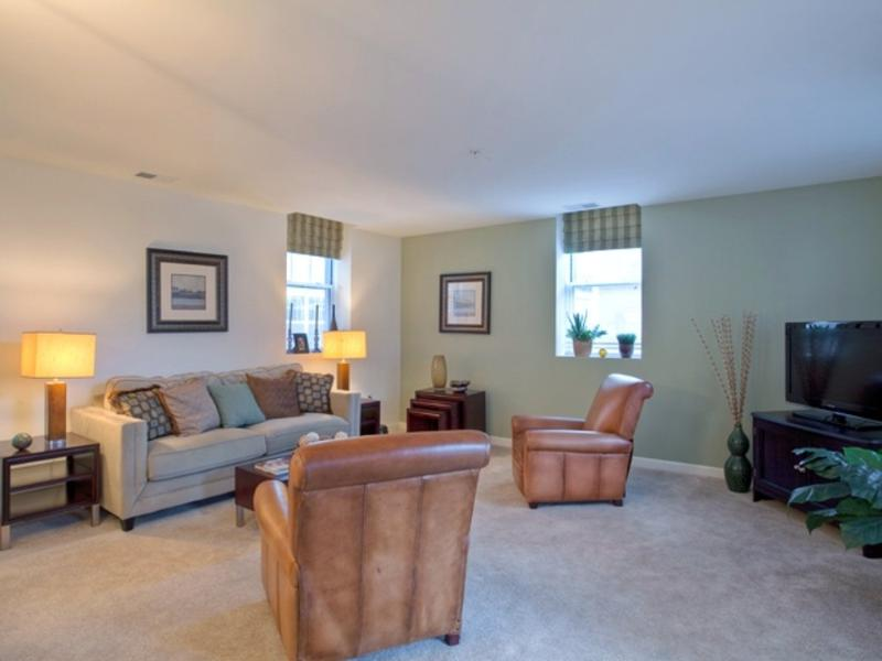 Cozy 2 Bedroom, 2 Bathroom Apartment in Lexington - Image 1 - Lexington - rentals