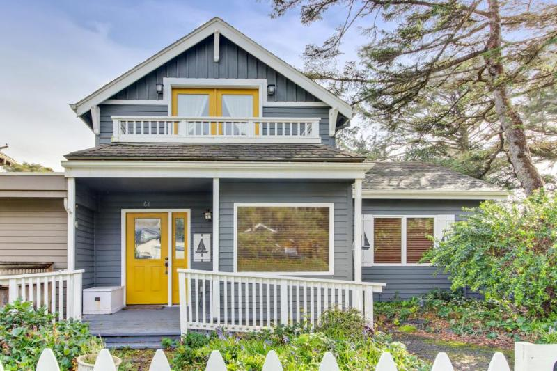 Dog-friendly house with a partial ocean view, one block to the beach! - Image 1 - Manzanita - rentals