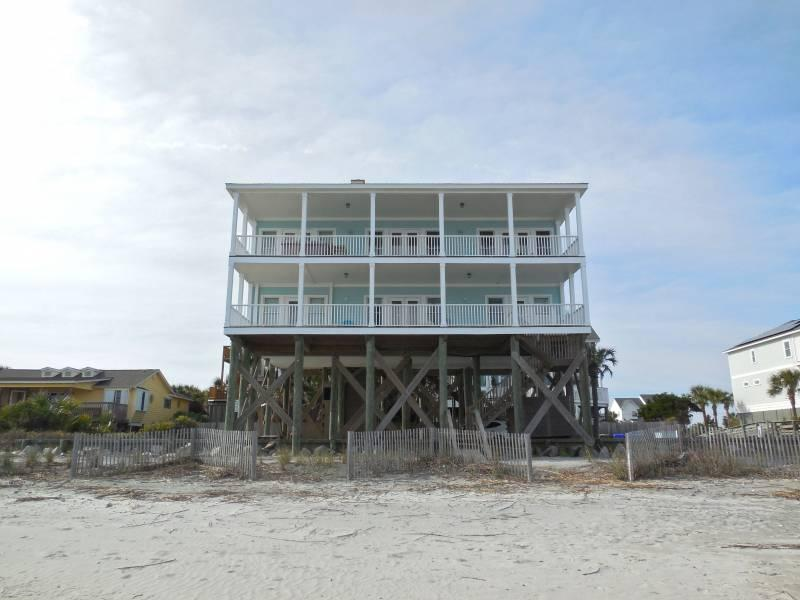 Fun N Folly - Fun 'N' Folly - Folly Beach, SC - 5 Beds BATHS: 4 Full 1 Half - Folly Beach - rentals