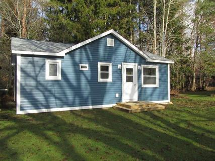 Elm Tree Cottage in Shelburne Nova Scotia - Elm Tree Cottage - Nova Scotia - rentals