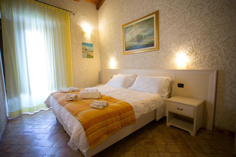 Residenza I GIOIELLI -   Apartment  Suite Zaffiro - Image 1 - Tropea - rentals