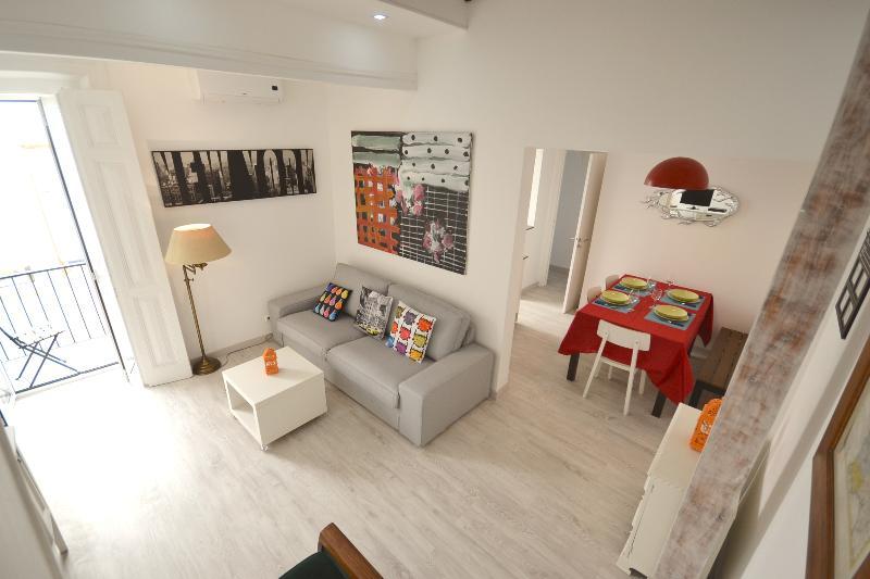 Family Apartment T3Duplex Alcantara - Image 1 - Lisbon - rentals
