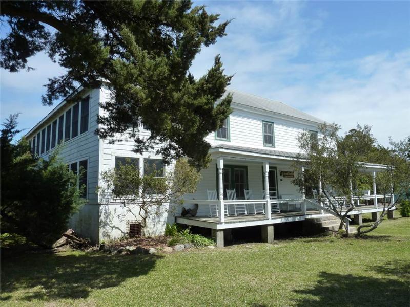 Soundfront Inn - Image 1 - Ocracoke - rentals
