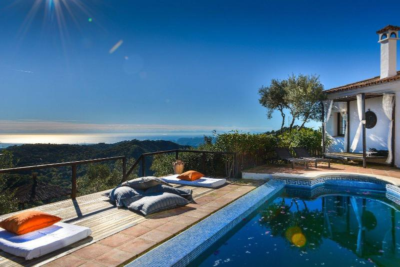 Villa with private pool and outstanding views - Image 1 - Casares - rentals