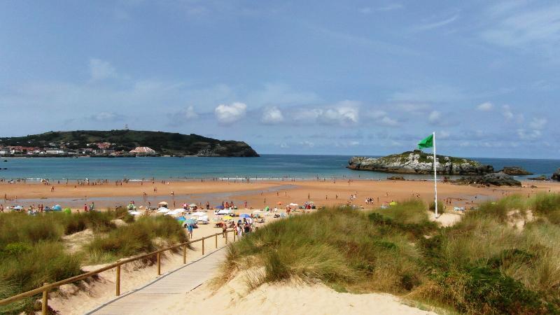 APTO. Playa Ris de fina y dorada arena - Cantabria. Noja, (SPAIN) Playa Ris Todo Equipado. Soleado - Noja - rentals