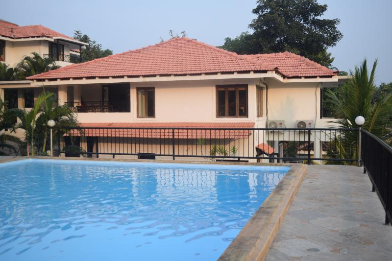 Side view of #5 Tropical woods from the pool side - #5 Tropical Woods, Independent Home, North Goa - Bardez - rentals