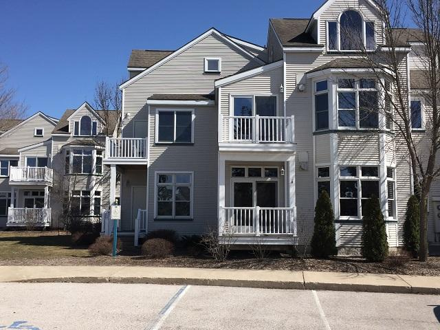 Cozy First Floor Condo Near Beach & Pools - Image 1 - Manistee - rentals