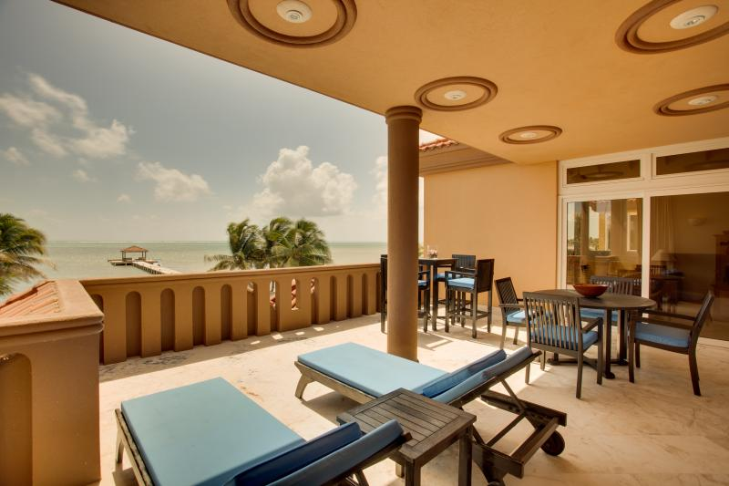 Sea View Balcony - Villa Del Mar- Luxury Sea Front Villa - Ambergris Caye - rentals