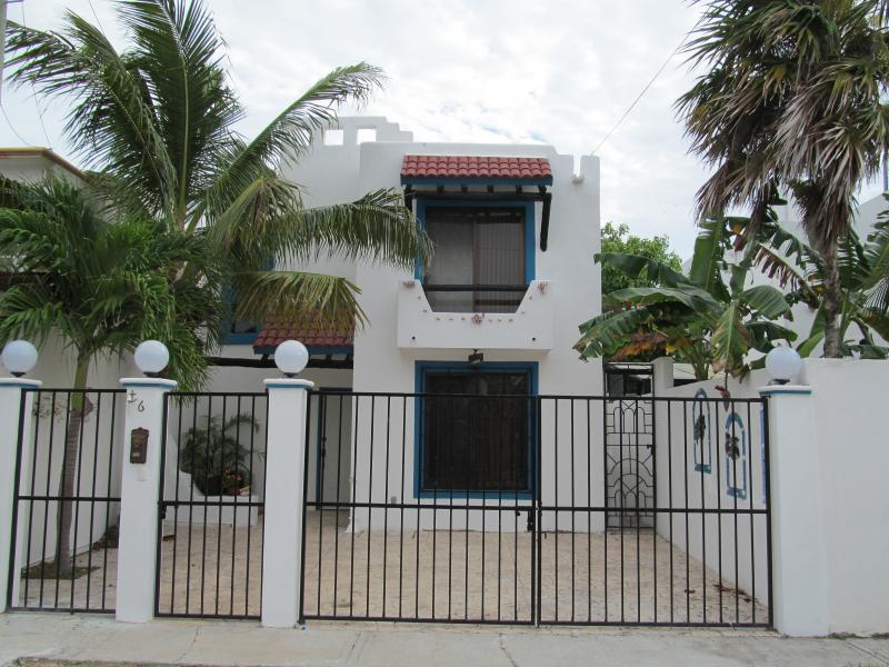 Casa del Mar --steps from the beach - Image 1 - Cancun - rentals