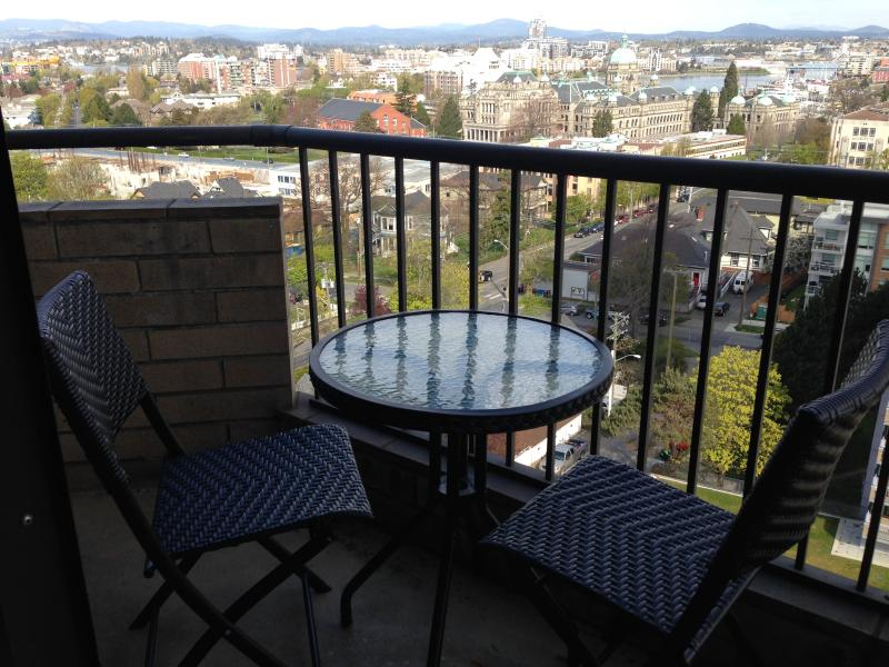 Enjoy your morning coffee on the balcony.... - Beautiful views, comfortable condo - Victoria - rentals