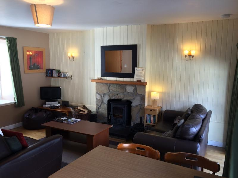 Elm Cottage - Double And Twin Bedrooms - Image 1 - Aviemore - rentals