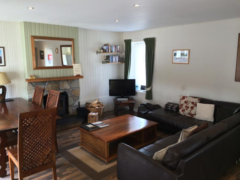 Hazel Cottage At Highland Holiday Cottage - Image 1 - Aviemore - rentals