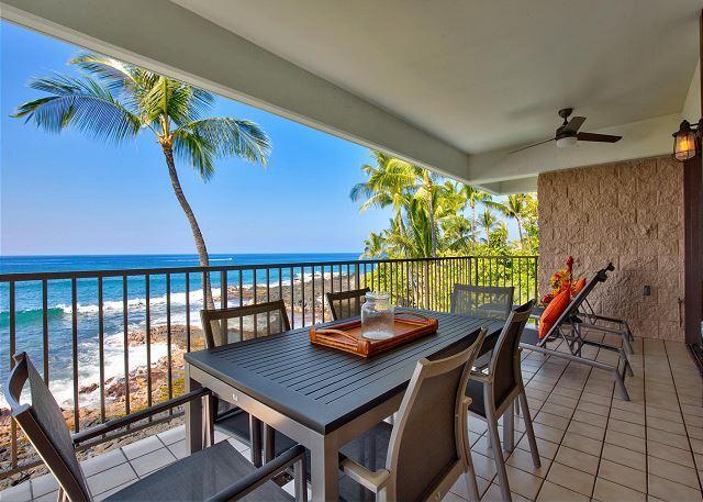 Dining Ocean Front - Ocean Front Beauty Hale Pohaku 3- Complete Refresh Feb 2016, Walk to Beach! - Kailua-Kona - rentals