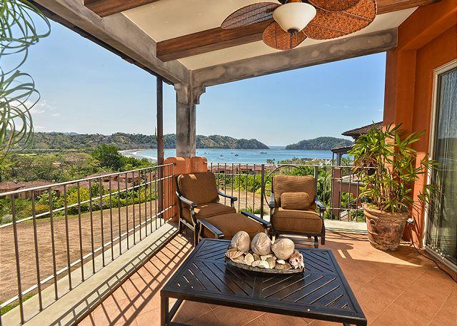 Spacious Balcony with Ocean View - Stay 7 Nights Pay 5! Private Luxury Condo with amazing ocean and bay view! - Los Suenos - rentals