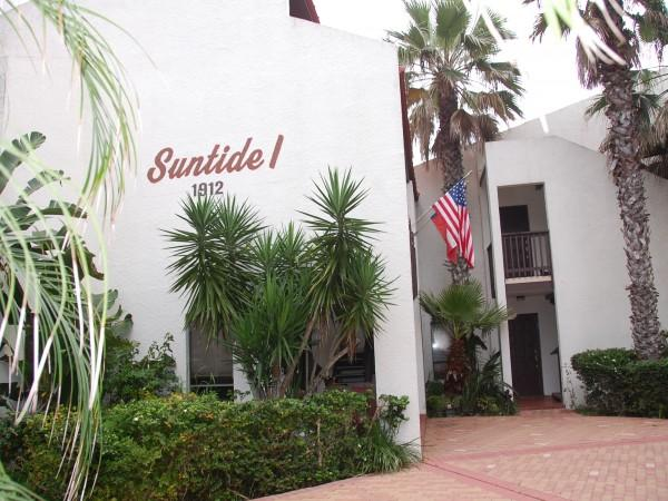 SUNTIDE I #201: 2 BED / 2 BATH - Image 1 - Port Isabel - rentals