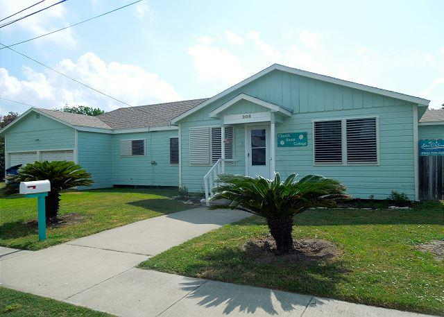 Welcome to Church Street - Church Street: IN TOWN, Walking Distance to Everything, Pets, Covered Deck - Port Aransas - rentals