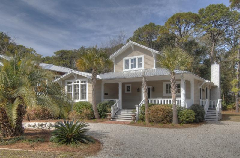 The Heron Cottage - The Heron Cottage near Village, Park and Pier - Saint Simons Island - rentals