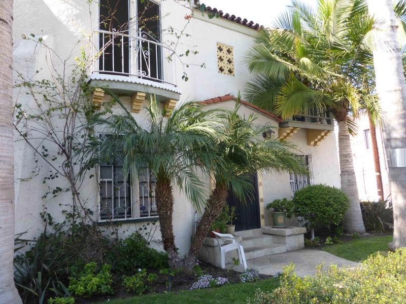 Mid Wilshire Corporate Cozy and Family Friendly - Image 1 - Los Angeles - rentals