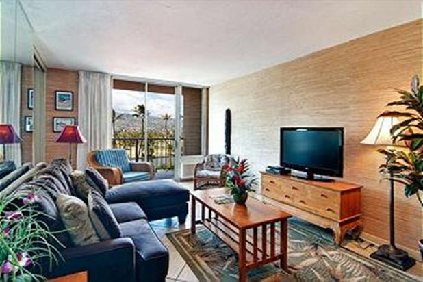Comfortable and Affordable Waikiki 2BR Condo - Image 1 - Honolulu - rentals
